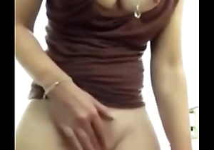 Loves when she orgasms- redhotsexycams.com